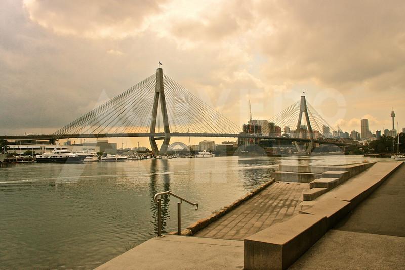 Sydney 20111007 043 Glebe Anzac Memorial Bridge M2