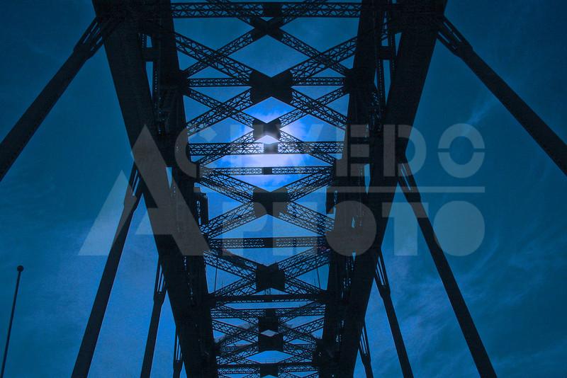 Sydney 20111009 007 Harbour Bridge Drive M