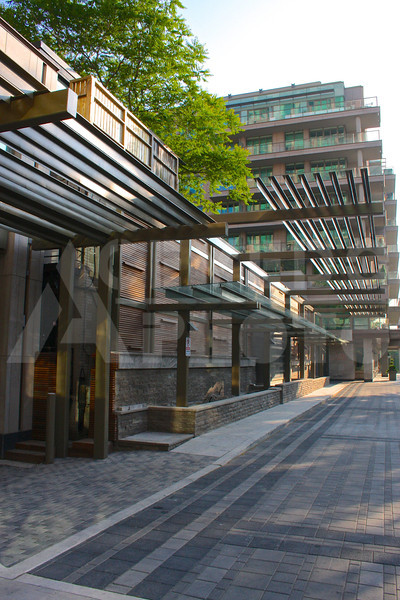 Toronto 20110617 379 Yorkville Shops M