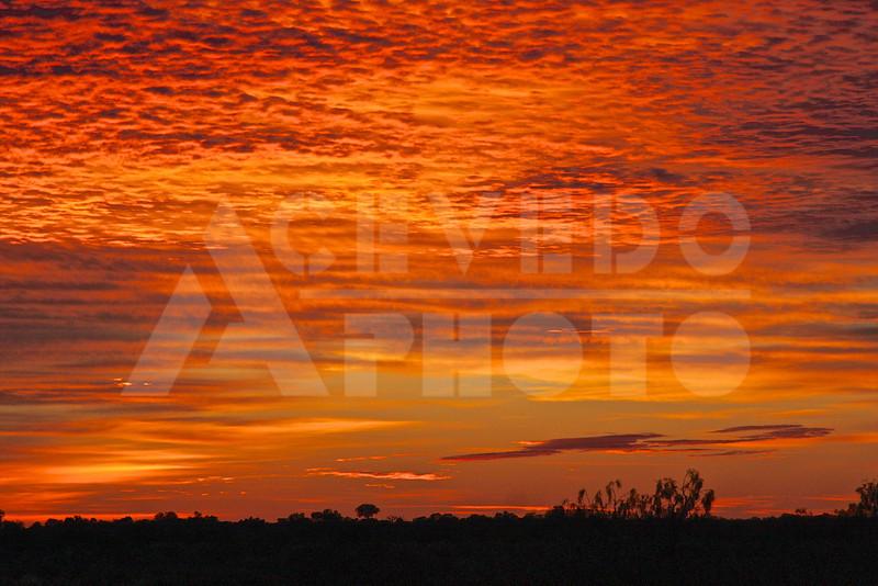 Uluru 20111011 024 Uluru & Kata Tjuta Tour - Sunrise M