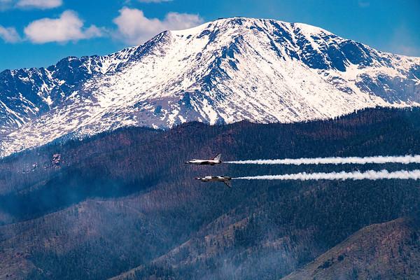 USAF Thunderbirds - Reflection pass