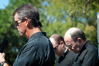 Monday September 24, 2012  Ecumenism  The fall 40 Days for Life prayer campaign  begins this week. Yesterday, kick off events took place world wide signifying the call to 40 days of fasting and praying for pregnant women, their babies and people who work in abortion clinics. These three men of faith took the platform at the Austin kick off event to pray together. What's stirring is that they are pastors of churches from three different Christian denominations, Baptist, Anglican and Roman Catholic. I guess if there is any issue powerful enough to have the holy men of different faiths put aside their differences and pray together, love for human dignity would be that issue. All of Christianity teaches that human beings have a special dignity above that of any other form of life in that the human person is made in the image and likeness of God. Although the understanding of that teaching can vary from one Christian to another, it fundamentally applies to every human being equally. Can you imagine how powerful the Christian voice would be if all Christians agreed on exactly when human identity begins?