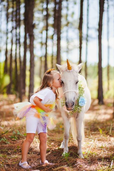 Four year old twin birthday session | Unicorns