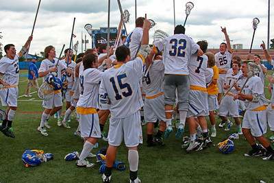 West Islip beats Ithaca to win their 5th New York State class A championship in 7 years. June 9, 2012.
