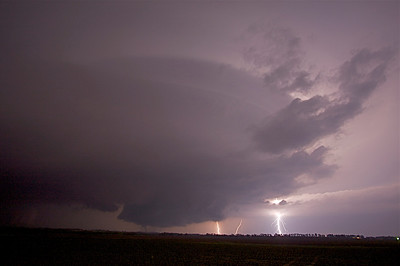 IMG 6074 -- Nighttime Tornado, Wall Cloud (zoom-In)