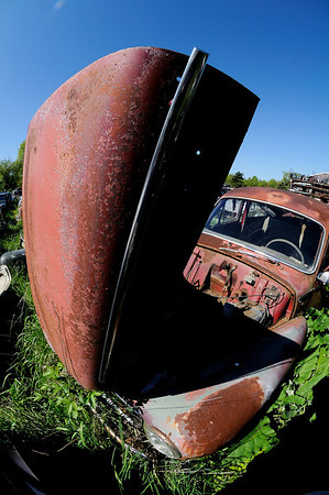 Call AAA the Car broke down again!!! - Volvo Graveyard