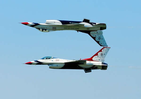 Air Force Thunderbirds - Cleveland Airshow