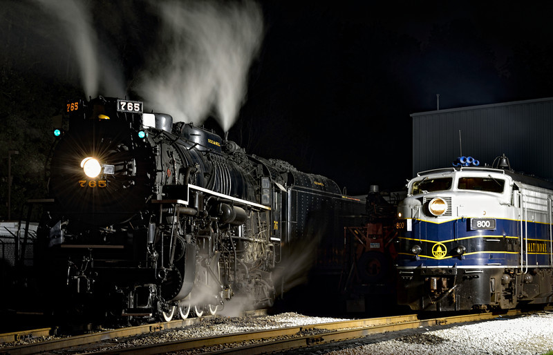 Steam Vs. Diesel - Night Shots of the 765 Steam Engine