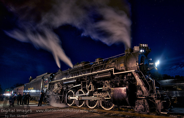 Night Shoot of the 765 Steam Engine