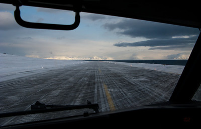 LYR airport Taxiing into takeoff position at Svalbard airport, Longyear (LYR/ENSB)
