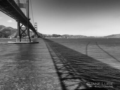 Golden Gate Shadow, Monochrome