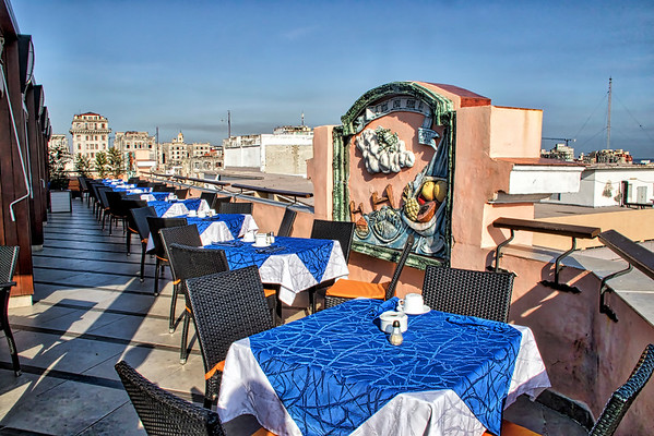 Roof top restaurant/bar, Hotel Ambos Mundos