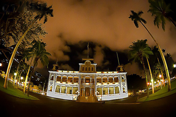 07 Dec 2010, Honolulu, Oahu, Hawaii, USA --- The Iolani Palace  the only royal palace in America, lite with holiday lights Wednesday, Dec. 23, 2011, in Honolulu, Hawaii,  Dec. 23, 2010.  LUCI PEMONI PHOTO --- Image by © Lucy Pemoni/Corbis
