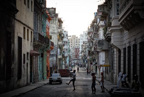 Havana Street Scene 1