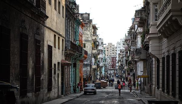 Havana Street Scene 4