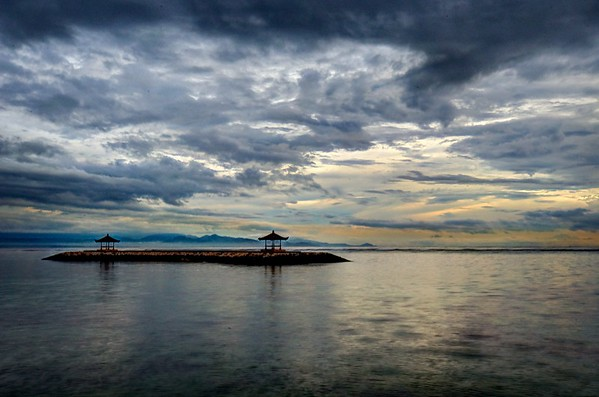 Sanur Beach Dawn 2
