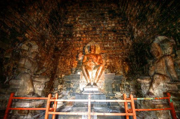 Dhyani Budda of Mendut Temple