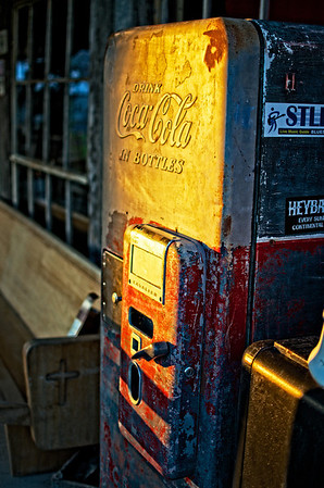 Old School Coca Cola Machine