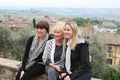 Walking Tour of Tuscany,.