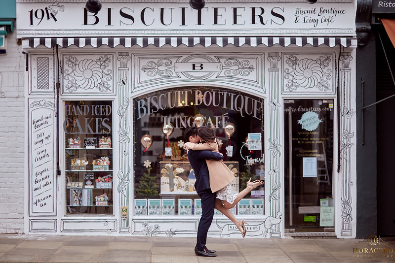 Notting Hill Biscuiteers ;