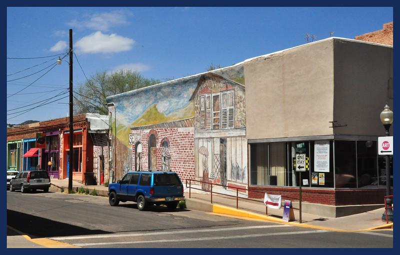 Side street mural.