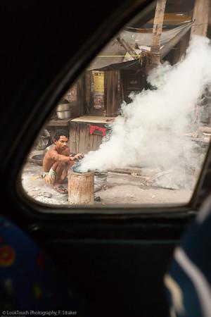 Kolkata - Durga Puja - Street walks