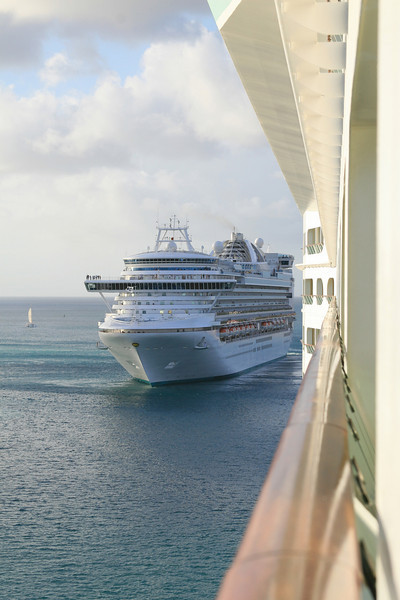 <h3><center>The Emerald Princess passes us leaving Aruba</h3>