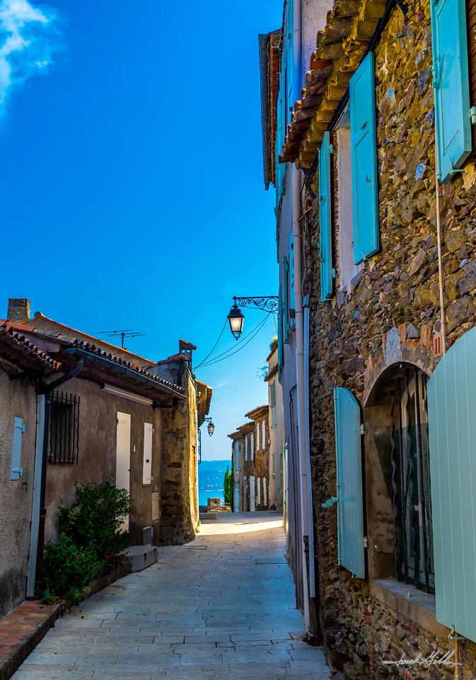 Side street in Gassin