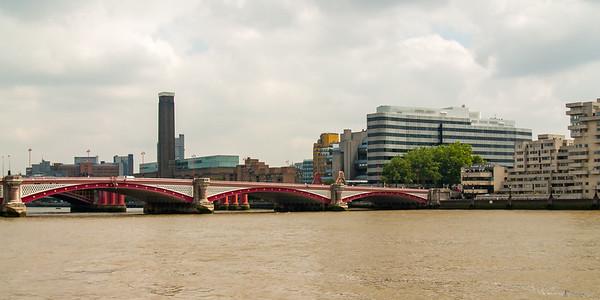 Black Friars Bridge with Tate Gallery