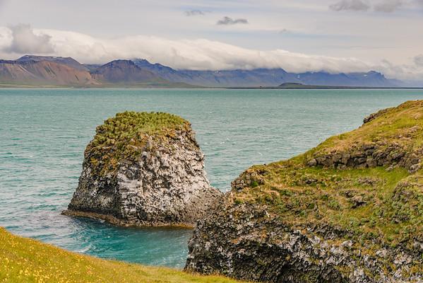 Felsenküste von Arnarstapi