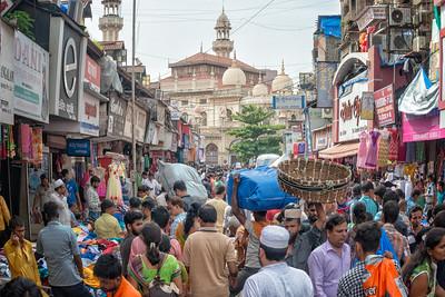 Market near Juma Masjid, Mumbai, India - 2017