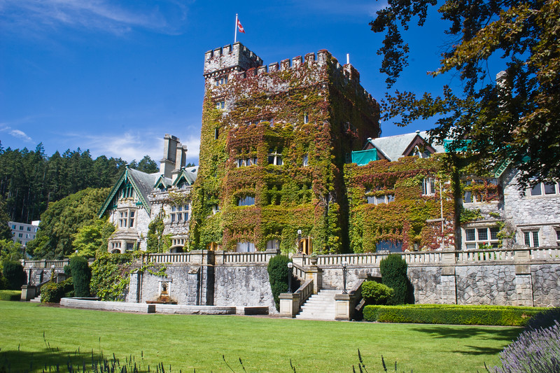 Hatley Castle in the Victoria area of Vancouver Island was built by the Dunsmuirs who also built the famous Craigdarroch castle in Victoria. Hatley Castle is the landmark building of the Royal Roads University.