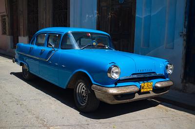 Classic Pontiac in Havana, Cuba