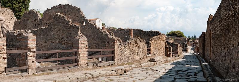 Pompeii - Via del Tempio di Iside (5pics 6850x2346px)