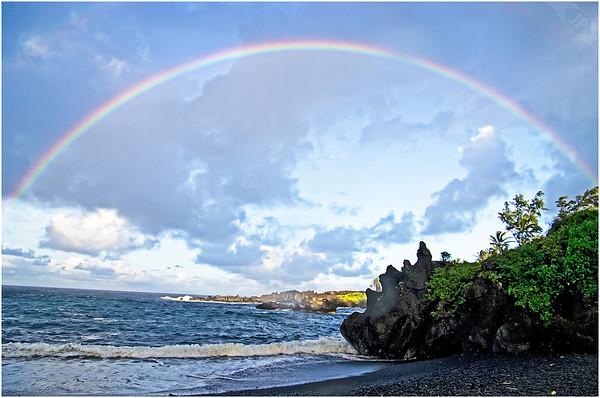 Rainbow at  Waianapanapa