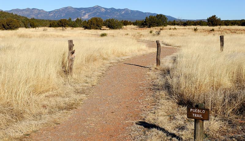 Pueblo Trail
