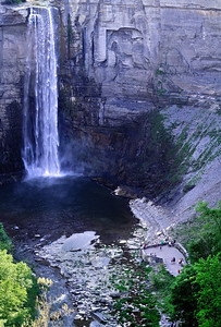 Tourists at the Lower viewing area - Taughannock Falls