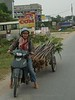 On the road, between Ha Long Bay and Hanoi<br /> TK3_2149