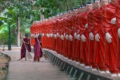Sri Charikarama Maha Viharaya Buddha Park, Sri Lanka - 2017