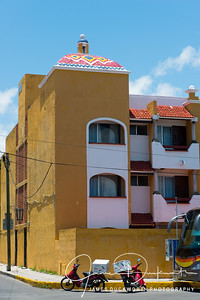 Streets of Cancun 2259