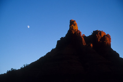 Moonrise over Red Rocks