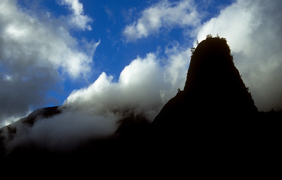 Silhouette of I'ao Needle