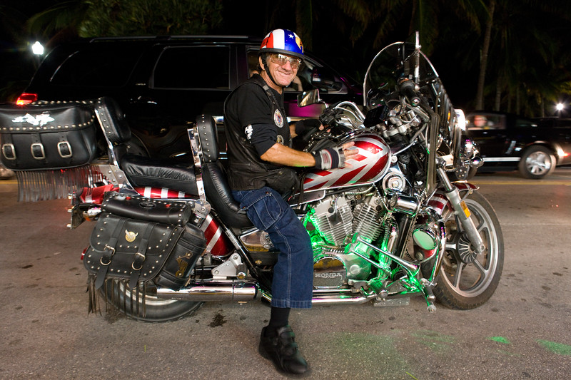 27 year old pimped Honda motorbike catches all eyes on Miami's Ocean Drive