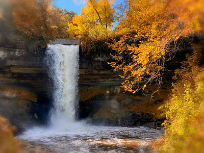 Autumn at Minnehaha Falls