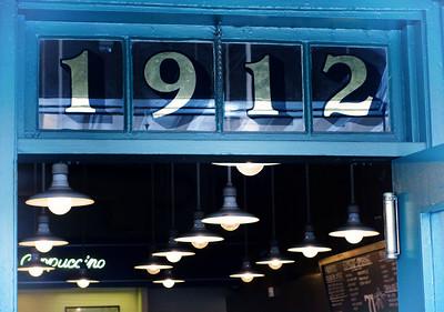 The original Starbucks Coffee store