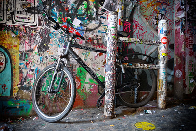 Grafitti and Bicycle