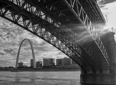 Eads Bridge and the Gateway Arch