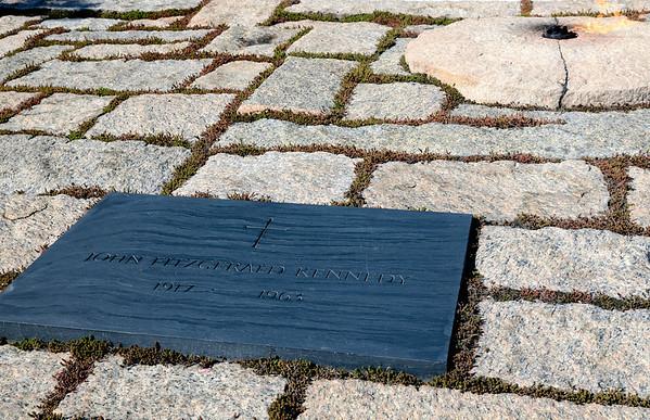 President Kennedy's Grave 0 Arlington National Cemetery