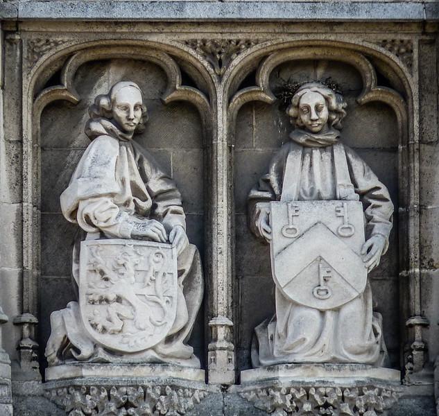 Bruges Building Statues