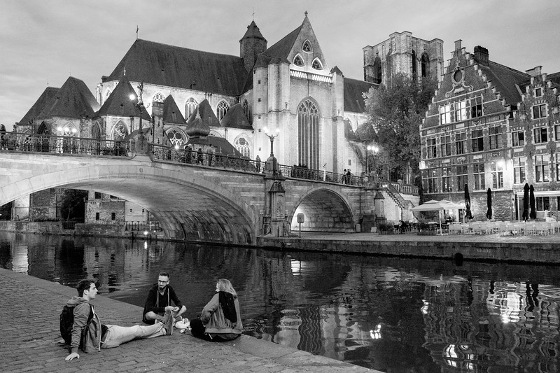 An Evening Chat in Ghent